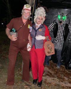 Wade and Tabby Fox as Carl and Wanda Johnson